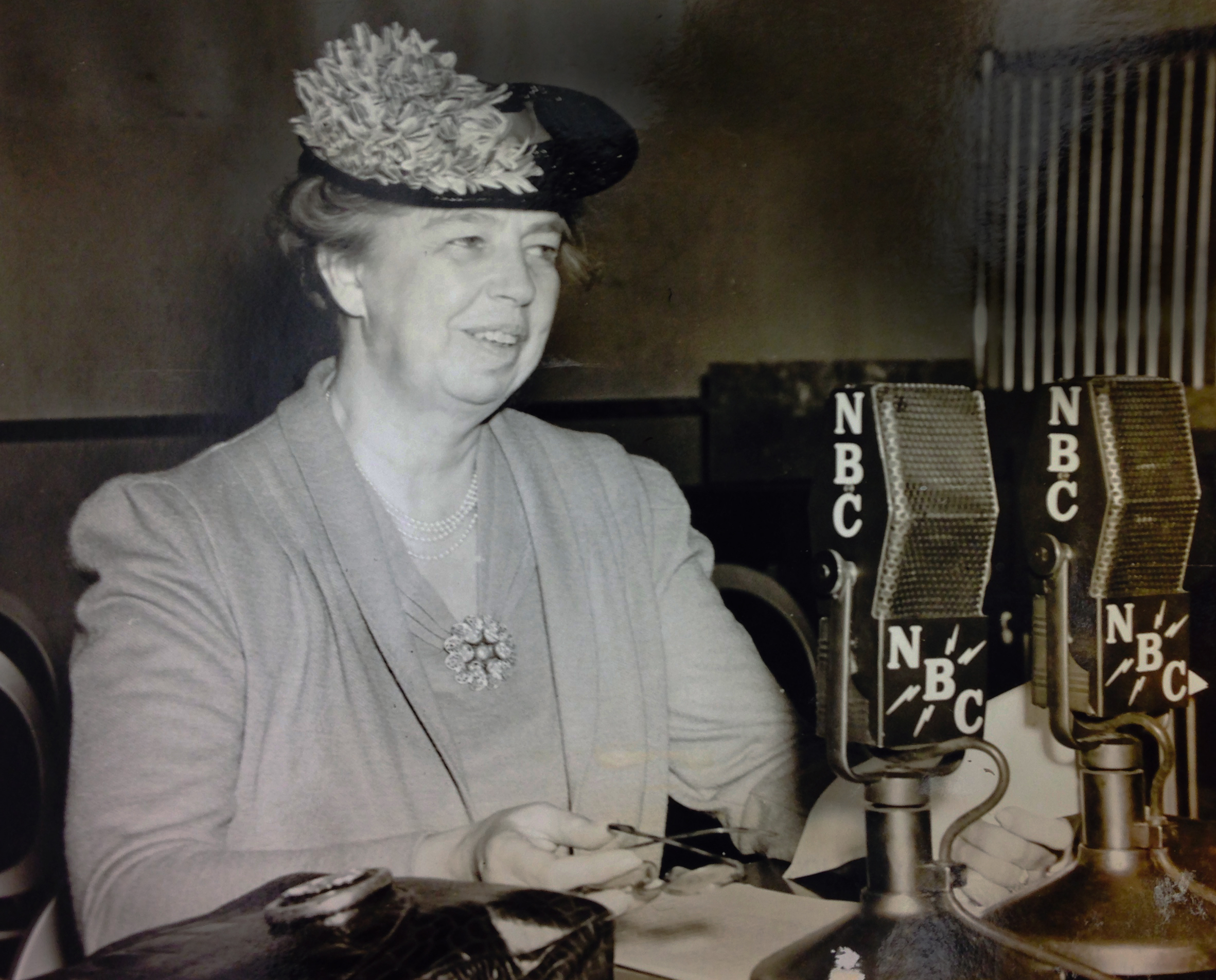 eleanor roosevelt the first lady of radio american radioworks ldquomrs eleanor roosevelt s own programrdquo was an afternoon radio series broadcast twice a ldquo